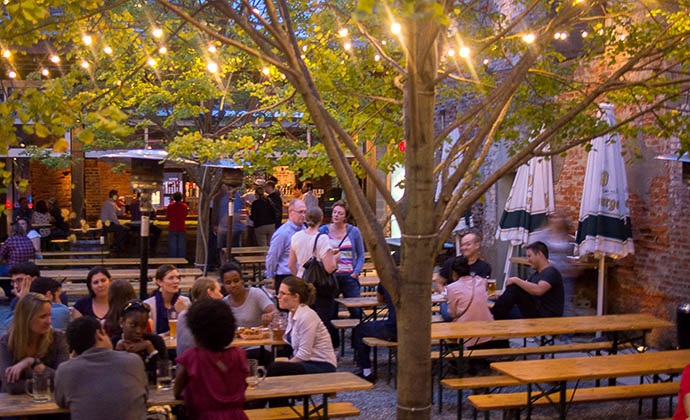 Philadelphia 39 s best beer gardens drink philly the best for Food bar garden