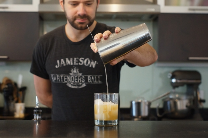 Home Bar Project: How to Make a Gold Rush - Drink Philly ...