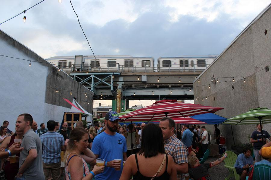 Best Bars For Outdoor Drinking in Philadelphia, 2017