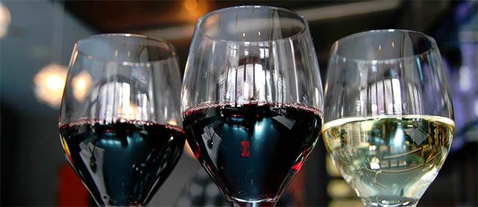 Wine on the Radio: Jet Wine Bar's Weekly Show