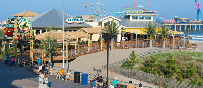 Atlantic City's Top Bars for Beachside Sipping