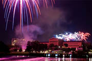 Wine Bar | Where to Enjoy Drinks with Fireworks on July 4th in Philadelphia