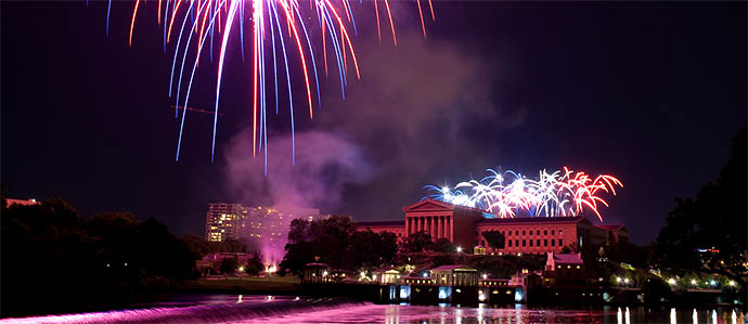 Where to Enjoy Drinks with Fireworks on July 4th in Philadelphia