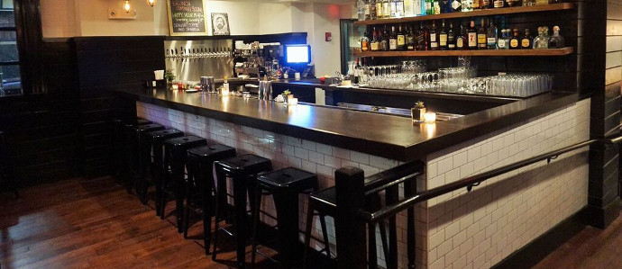 Old City's Little Lion Introduces Happy Hour Specials