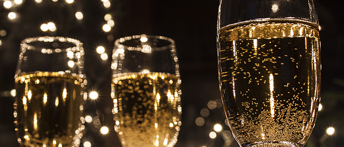 Ring in the New Year at Cavanaugh's Headhouse this New Year's Eve