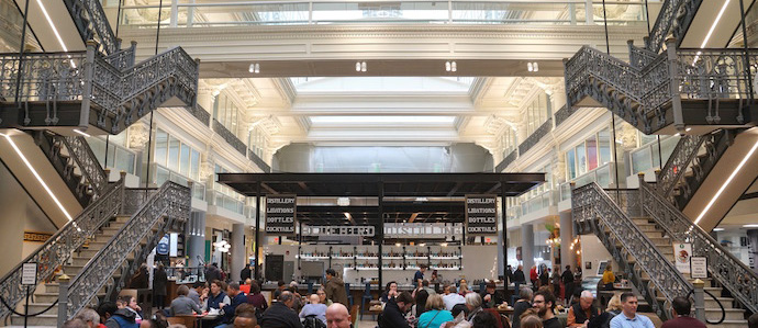 Here's Every Vendor at the New Bourse Food Hall That Serves Alcohol (There's A Lot)