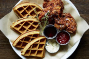 Wine Bar | Where to Take Mom for Mother's Day Brunch