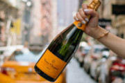Veuve Clicquot Event Series En Route Brings an Evening of Bubbly to Stratus, Aug. 20
