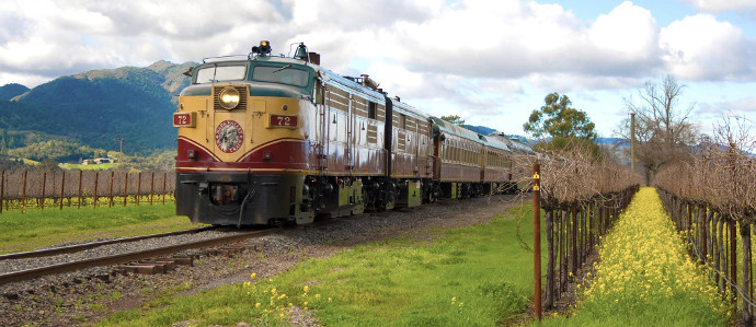 Napa Valley is Running a Christmas-Themed Wine Train to the 'North Pole' For the Holidays