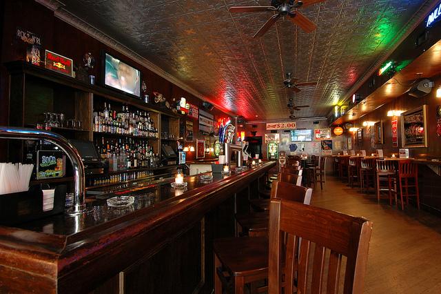 Philadelphia Bars With Good Food