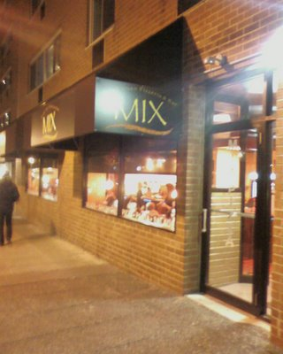 Mix Pizzeria & Bar