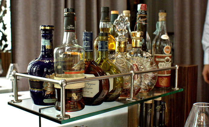 Learn How to Set Up Your Home Bar at Franklin Mortgage - Drink ...