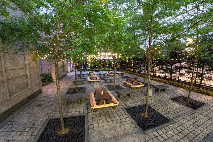 New Center City Beer Garden Opens Just In Time For Independence Day Drink Philly The Best