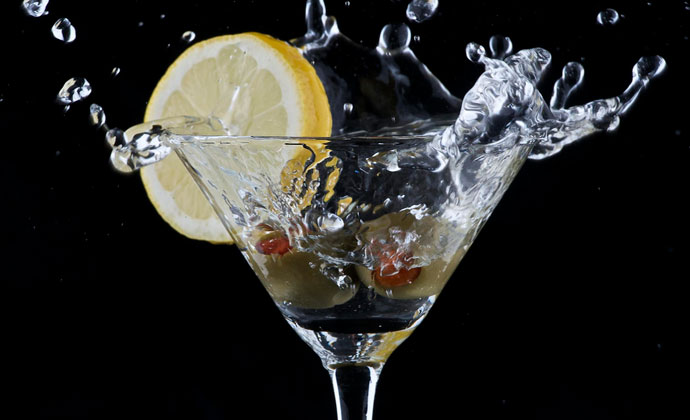Celebrate National Vodka Day With These 7 Classic Vodka Drinks - Drink ...